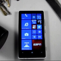 Nokia Lumia 920 goes back in the torture chamber, knife and mallet enter the scene (video)