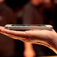 Apple reclaims the smartphone share top from Android in the US, buoyed by the iPhone 5 sales