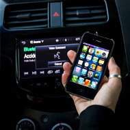 General Motors to integrate Apple's Siri Eyes Free mode into 2013 Spark and Sonic