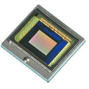 Toshiba announces 13-megapixel camera sensor for smartphones and tablets, promises less digital noise