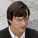 Ashton Kutcher's 'jOBS' to close Sundance Film Festival next month