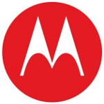 Motorola aims at Samsung in new ad