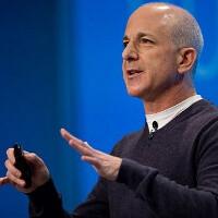 Ex-Windows head will return to Harvard to teach