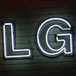 LG bends the rules and says the LG Optimus Vu sold 1 million units in South Korea