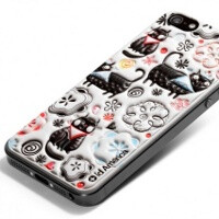 The cool and weird: Apple iPhone 5 cases at CES 2013