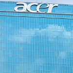 Acer Liquid E1 is a midrange Android smartphone