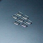BlackBerry Z10 dummy units now out in black and white