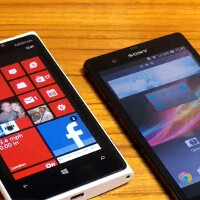 Nokia Lumia 920 gets compared vs the Sony Xperia Z (video)