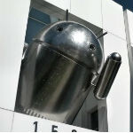 Google campus gets new Chrome Bugdroid statue
