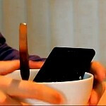 Sony Xperia Z goes well with baked beans and a jacuzzi, Bostonians fall in love (video)