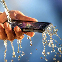 Sony Xperia Z battery goes under benchmark scrutiny, performs well