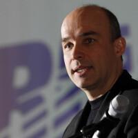 Former co-CEO Jim Balsillie sells full 5.1% stake in BlackBerry