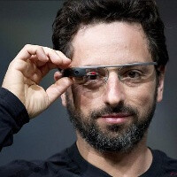 Google's Project Glass to arrive earlier, in stores by the end of this year, but with no cellular connectivity