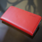 Spigen iPhone 5 Snap Leather Wallet Case hands-on