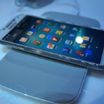 Samsung Galaxy S 4 has Qi wireless charging, but it