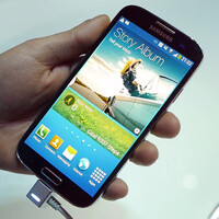 Samsung Galaxy S 4 display, Air View and Air Gesture demoed on video