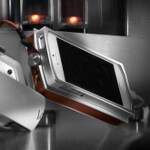 V-MODA's VAMP VERZA brings a Hi-Fi amplifier & battery pack to many of today's popular devices
