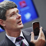 BlackBerry CEO Heins: Apple iPhone UI is old, shows lack of innovation