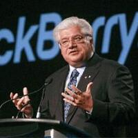 RIM founder Mike Lazaridis quits BlackBerry