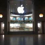 Former Apple consultant says Apple's naming plan is weak