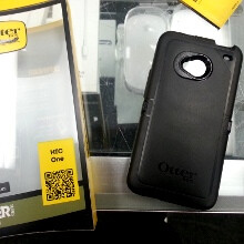 OtterBox Defender cases for the HTC One pictured, ready for launch day