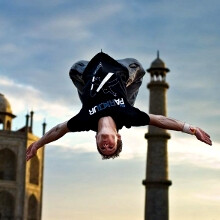Nokia uses freerunning champion Ryan Doyle to tout the Lumia 920 image stabilization prowess (video)