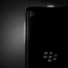 5-inch BlackBerry 10 device rumored, more 'Berries coming by year-end