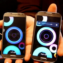 Watch Samsung Galaxy S4s get their groove on doing the surround thing in a Group Play demo
