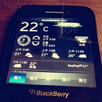 Specifications for mid-range QWERTY BlackBerry R10 leak, more pictures