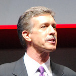 Verizon CEO Mead wants success for BlackBerry and Windows Phone