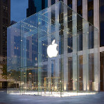 Big Apple rain showers flood the Fifth Avenue Apple Store
