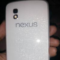 White Nexus 4 shows up, all ready for Google I/O 2013