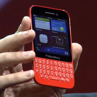BlackBerry Q5 is announced – affordable and colorful, with portrait QWERTY keyboard