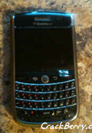 Shots of the BlackBerry Niagara 9630 finally caught