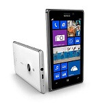 Nokia Lumia 925 in 32GB flavor spotted outside of Vodafone's exclusive sphere