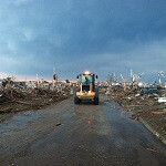 AT&T, Sprint and Verizon rollout charging stations, portable cell sites to assist Oklahoma tornado victims