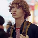 Latest ad for the Apple iPhone is all about the tunes
