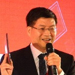 ASUS CEO pulls FHD Android tablet out of his hat