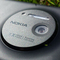 Nokia EOS shown up and running, advanced camera application is in stock