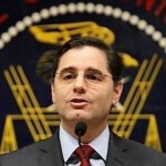 Genachowski: U.S. can't afford to sit back and relax when it comes to LTE