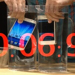 Samsung Galaxy S4 and Apple iPhone 5 face off in ruthless destruction test