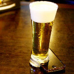 Here's a beer glass designed to keep you from staring at your phone