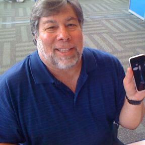 """Woz says iOS 7 """"looks beautiful"""" and says PRISM is unconstitutional"""