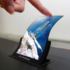 LG confirms it will start mass-producing flexible displays in Q4, first phone with such coming by end-year