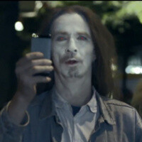 New Nokia Lumia 925 commercial portrays iPhone users as zombies