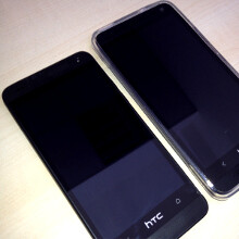 "Black HTC One Mini snapped in full glory: 4.3"" HD screen, 2 GB RAM, 16 GB storage"