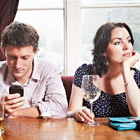 Fighting a smartphone obsession: 5 ways to stay focused and keep your smartphone from distracting you