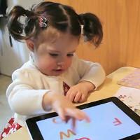 640 000 iPads arriving in the hands ot LA school kids