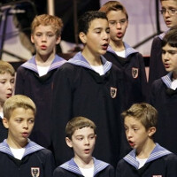LG G2 to come preloaded with music from the Vienna Boys Choir