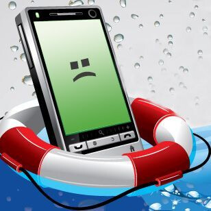 Infographic presents the dos and don'ts of saving a phone from water damage